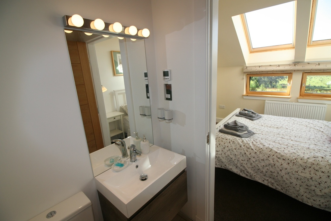 Fully En-suite Luxury Loch Lomond Self Catering Cottage